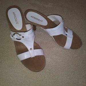 Aerosoles white leather heeled Sandal size 8.5